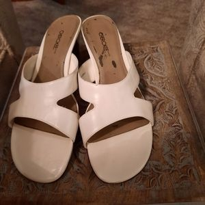 Cherokee White Leather Mules